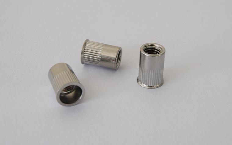 杰阳圆柱型小头铆螺母M6